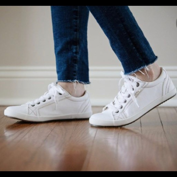 Taos Star White Canvas Lace